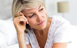 Чем остановить выпадение волос при менопаузе